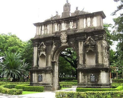 'Older than Harvard': Philippine university celebrates 400th anniversary