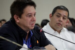 """A teary-eyed Tacloban City Mayor Alfred Romualdez after lambasting the government during a testimony at a Congressional hearing on typhoon """"Yolanda"""" that wide out communities in his hometown. Malacañang has since welcomed the appeal for reconciliation of Tacloban City Mayor Alfred Romualdez. (MNS Photo)"""