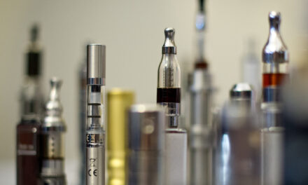 Youths who try e-cigarettes triple since 2011: study