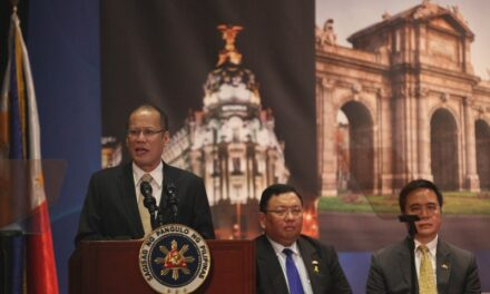 President Aquino arrives in Belgium to meet with leaders of EC and Belgium