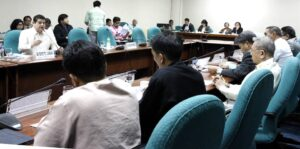 -- Senator TG Guingona discusses the proposed measure creating the Mamasapano Truth Commission. (MNS photo)