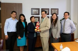 (2nd from left), Honeybee Foods Corporation Officials, Chowking Operations Director Donny Reyes, Jollibee Operations Director Mackey Dimaculangan, Jollibee, Red Ribbon & Chowking General Manager Maribeth Dela Cruz, Consul General Leo Herrera-Lim, Jollibee, Red Ribbon & Chowking Marketing Director Carol Rodriguez and Red Ribbon Operations Head Rey Viguilla.