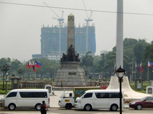 Photo of the Rizal Monument with Torre de Manila (already 19 floors high) rising behind it, taken on August 20, 2014. Photo from the Office of Sen. Pia Cayetano