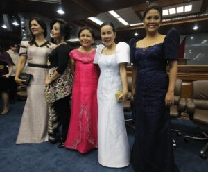 -- Five of the six female members of the Senate pose for a souvenir photo in their colorful attire before the opening of the 3rd and last Regular Session of the 16th Congress at the Senate Building in Pasay City on Monday (July 27, 2015). They are (from left) Senators Pia Cayetano, Loren Legarda, Cynthia Villar, Grace Poe and Maria Lourdes Binay. Not in photo is Senator Miriam Defensor Santiago. (MNS photo)