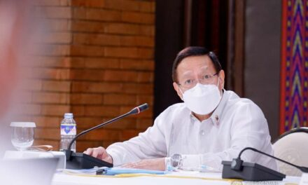 Mask-free Christmas likely to be delayed, says Duque